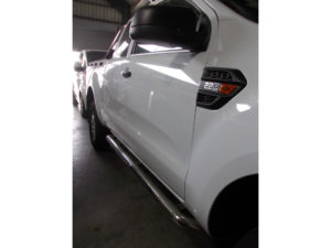 Polished Stainless Steel Bakkie Side Bars
